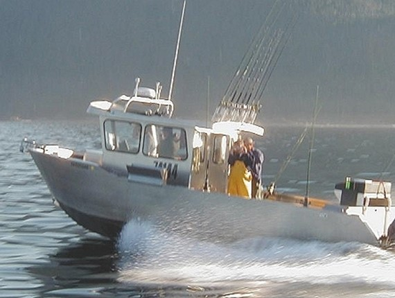31 FT Rough Water Orca (907)
